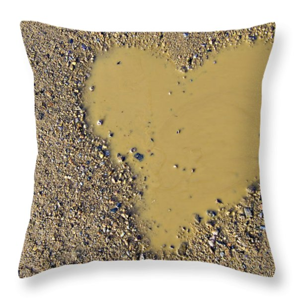 love in a muddy puddle Throw Pillow by Meirion Matthias