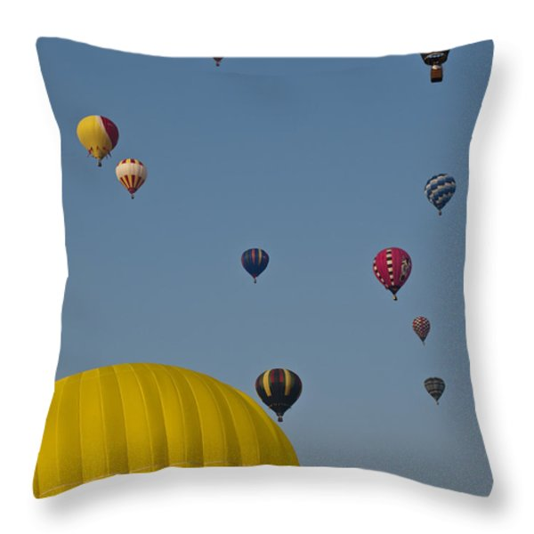 Many People Lift Off In Hot Air Throw Pillow by Stacy Gold