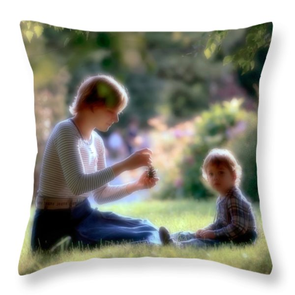 Mother and kid Throw Pillow by Juan Carlos Ferro Duque