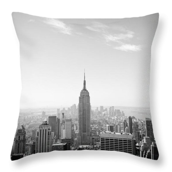 New York City - Empire State Building Panorama Black And White Throw Pillow by Thomas Richter