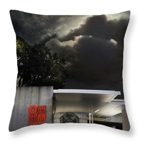 Oakland Museum of California . 7D13039 Throw Pillow by Wingsdomain Art and Photography
