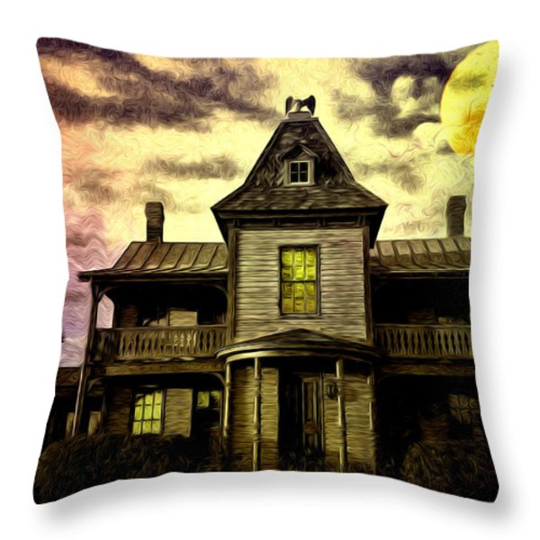 Old House At St Michael's Throw Pillow by Bill Cannon