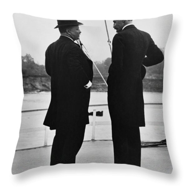 President Roosevelt And Gifford Pinchot Throw Pillow by Photo Researchers