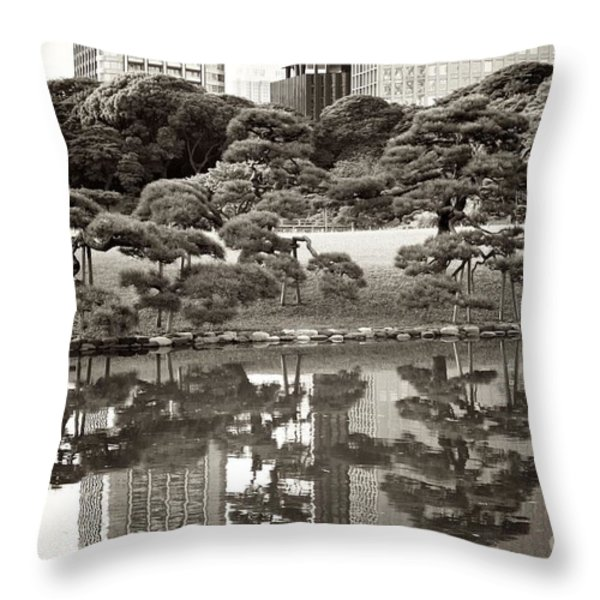 Quiet Moment In Tokyo Throw Pillow by Carol Groenen