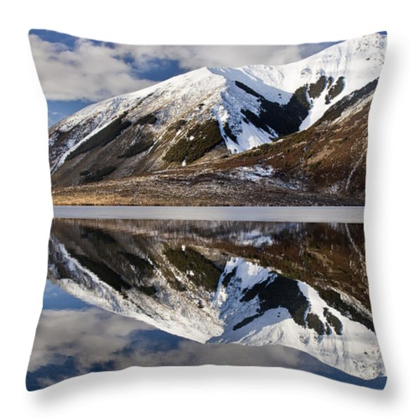Reflection In Lake Pearson, Castle Hill Throw Pillow by Colin Monteath