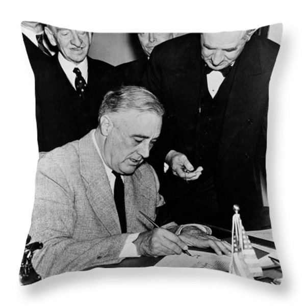 Roosevelt Signing Declaration Of War Throw Pillow by Photo Researchers
