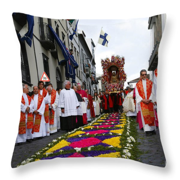 Santo Cristo Dos Milagres Throw Pillow by Gaspar Avila