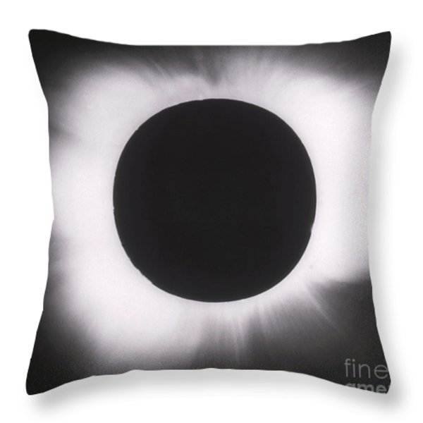 Solar Eclipse With Outer Corona Throw Pillow by Science Source