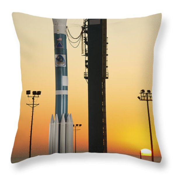 The Delta II Rocket On Its Launch Pad Throw Pillow by Stocktrek Images