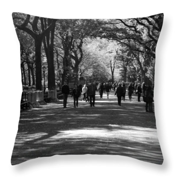 THE MALL at CENTRAL PARK Throw Pillow by ROB HANS
