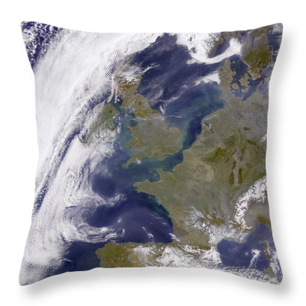 The United Kingdom Throw Pillow by Stocktrek Images