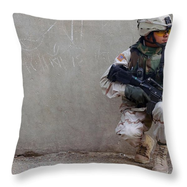 U.s. Army Soldier Armed With A 5.56mm Throw Pillow by Stocktrek Images