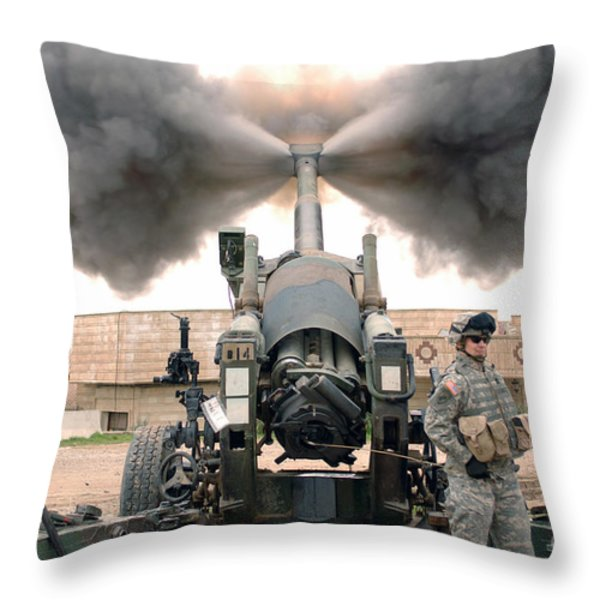 U.s. Army Soldiers Conduct Throw Pillow by Stocktrek Images