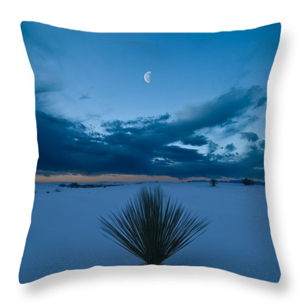 White Sands Moonrise Throw Pillow by Steve Gadomski