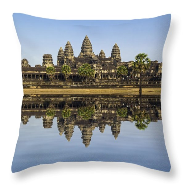 Angkor wat Throw Pillow by MotHaiBaPhoto Prints