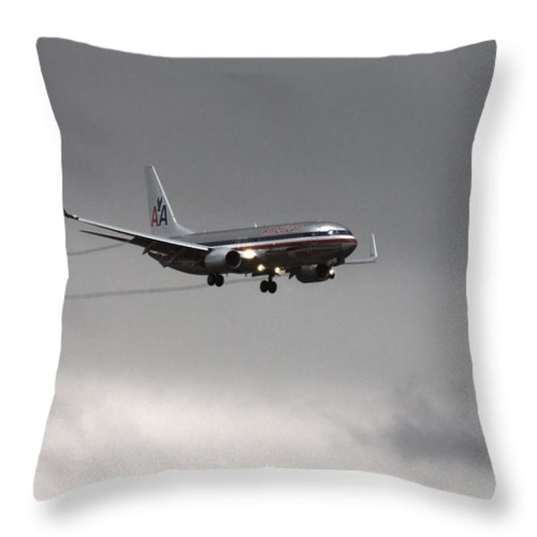 American Airlines-landing At Dfw Airport Throw Pillow by Douglas Barnard