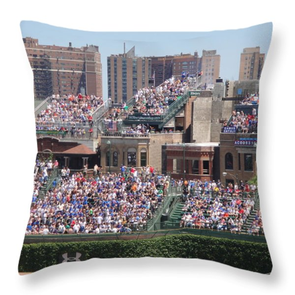 Best Seats On The House..... Throw Pillow by WaLdEmAr BoRrErO