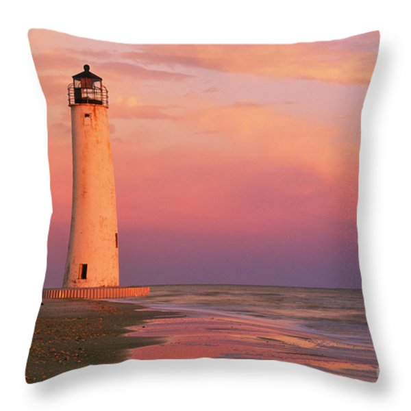 Cape Saint George Lighthouse - Fs000117 Throw Pillow by Daniel Dempster