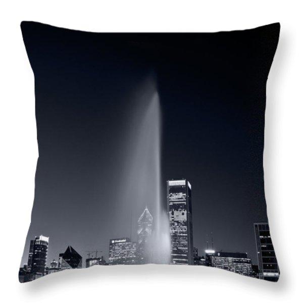 Chicagos Buckingham Fountain Bl And W Portrait Throw Pillow by Steve Gadomski