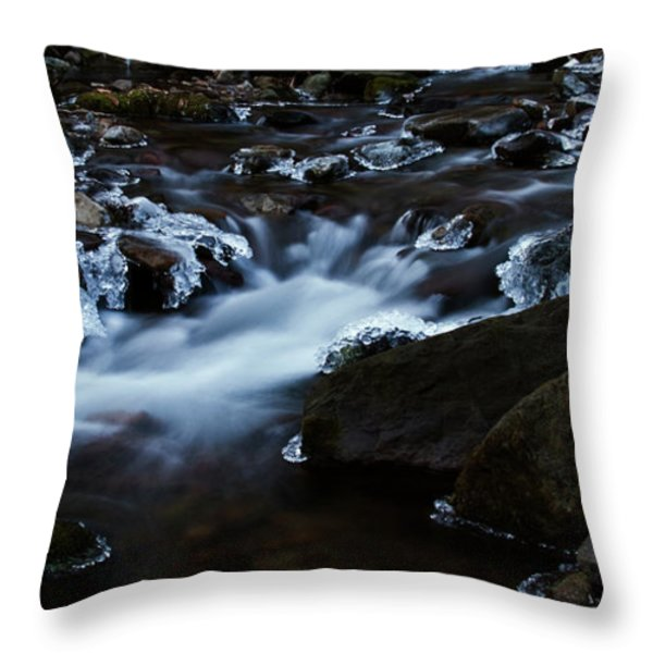 Crystal Flows In Hdr Throw Pillow by Joseph Noonan