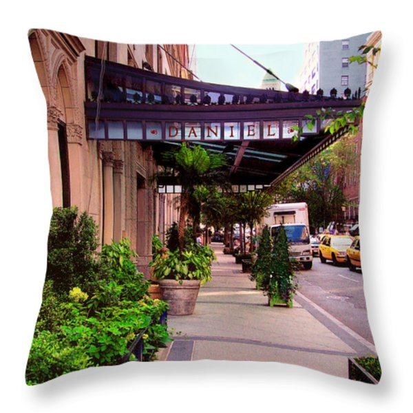 Daniel Restaurant In Nyc Throw Pillow by Madeline Ellis