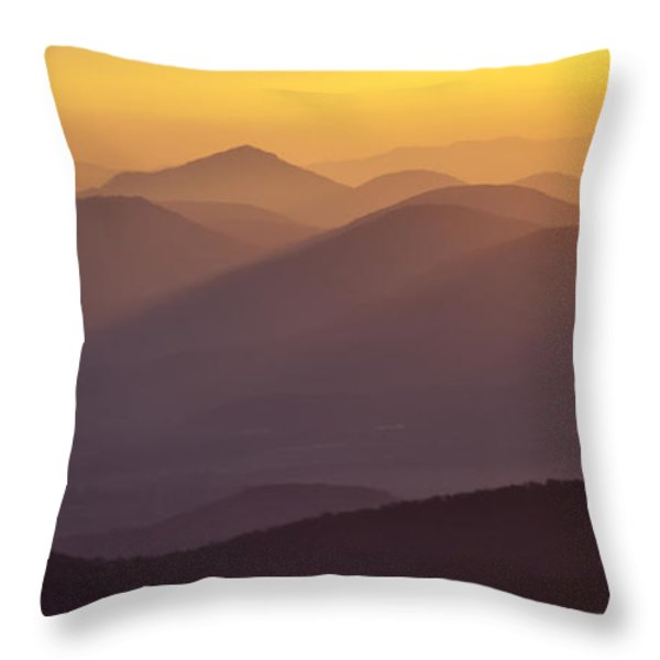 Filtered Light On The Blue Ridge Parkway Throw Pillow by Rob Travis