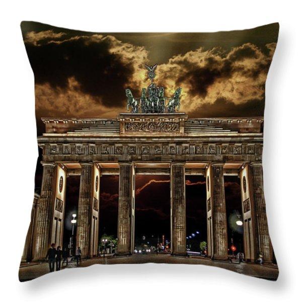 Golden Gate Throw Pillow by Joachim G Pinkawa