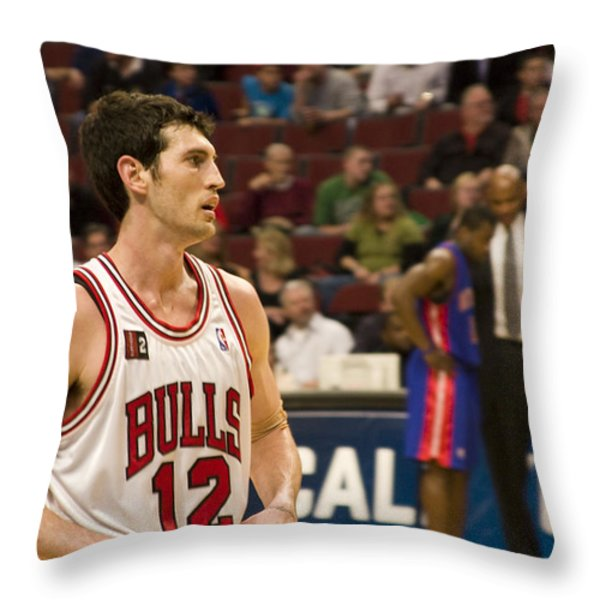 Kirk Hinrich Throw Pillow by Andrei Shliakhau