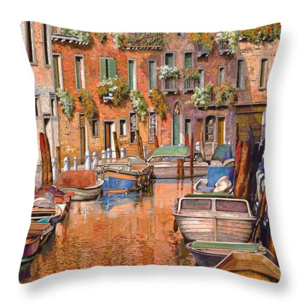 la curva sul canale Throw Pillow by Guido Borelli
