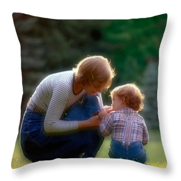 Mother with kid Throw Pillow by Juan Carlos Ferro Duque