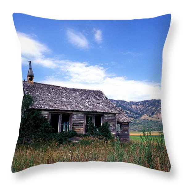 Old House in Idaho Throw Pillow by Kathy Yates