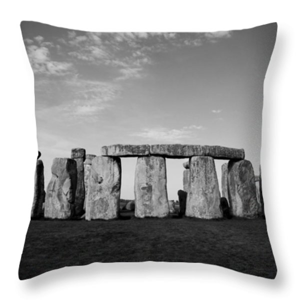 Stonehenge On a Clear Blue Day BW Throw Pillow by Kamil Swiatek