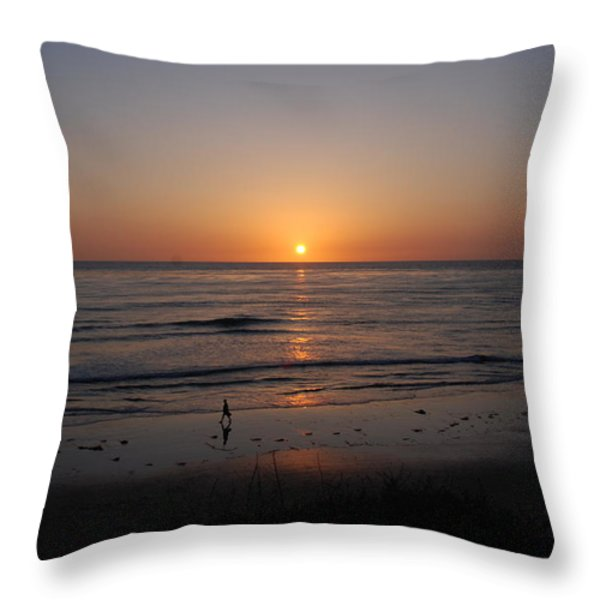 Sunset At Eljio Beach California Throw Pillow by Susanne Van Hulst