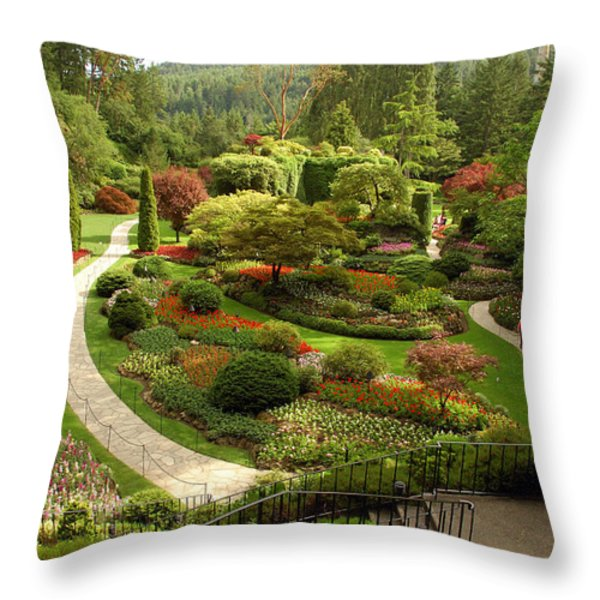 The Sunken Garden At Butchart Gardnes Throw Pillow by Darlyne A. Murawski
