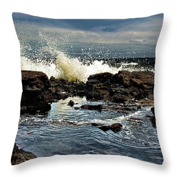 Tide Coming In Throw Pillow by Christopher Holmes