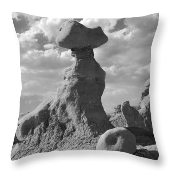 Utah Outback 28 Throw Pillow by Mike McGlothlen