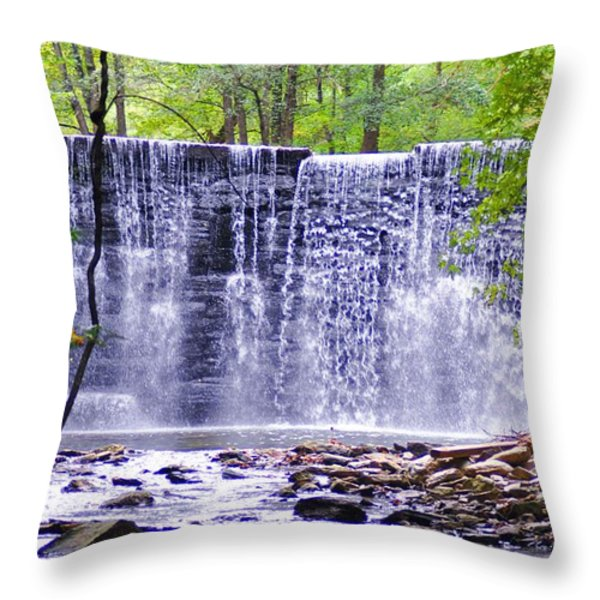 Waterfall In Gladwyne Throw Pillow by Bill Cannon