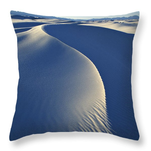 White Sands National Monument Throw Pillow by Dawn Kish