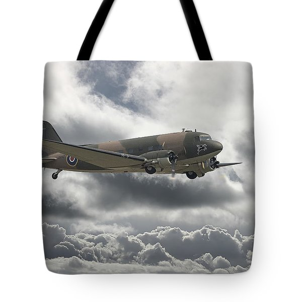DC3 Dakota   Workhorse Tote Bag by Pat Speirs