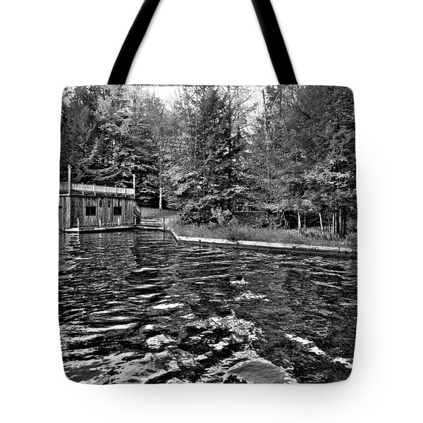 Arrowhead Park Waterway In Inlet New York Tote Bag by David Patterson