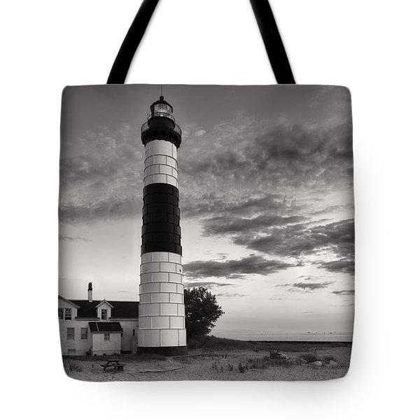 Big Sable Point Lighthouse In Black And White Tote Bag by Sebastian Musial