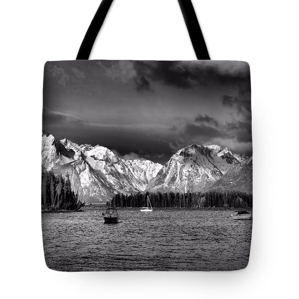 Boating Tote Bag by Dan Sproul