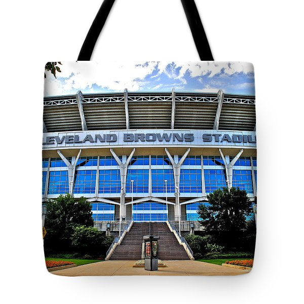 Cleveland Browns Stadium Tote Bag by Frozen in Time Fine Art Photography