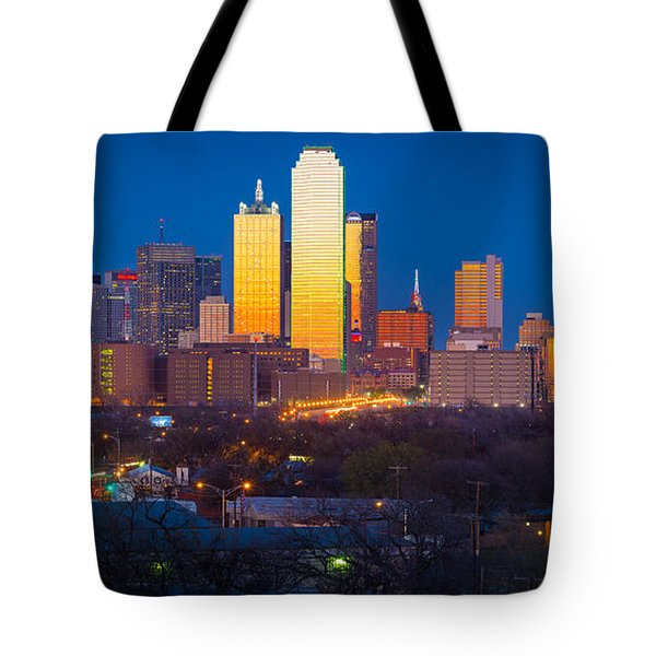 Dallas Skyline Tote Bag by Inge Johnsson