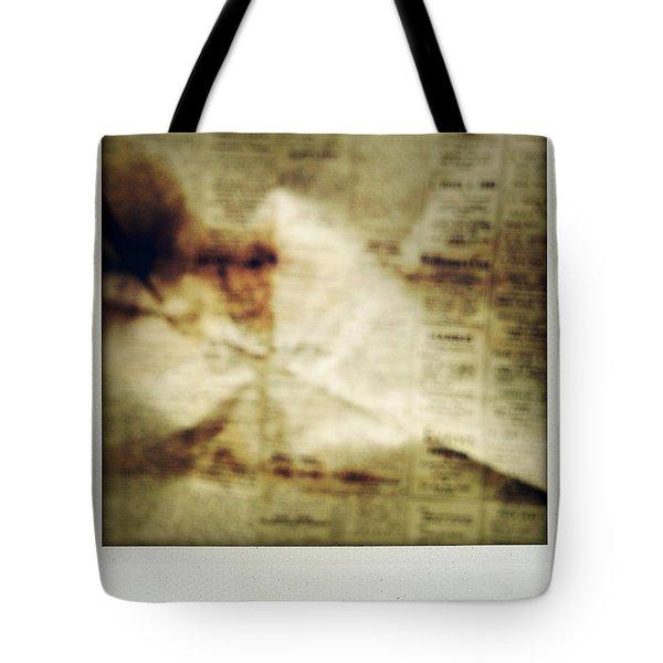 Grunge Newspaper Tote Bag by Les Cunliffe