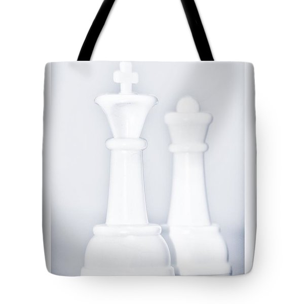 King And Queen Tote Bag by Rob Hans