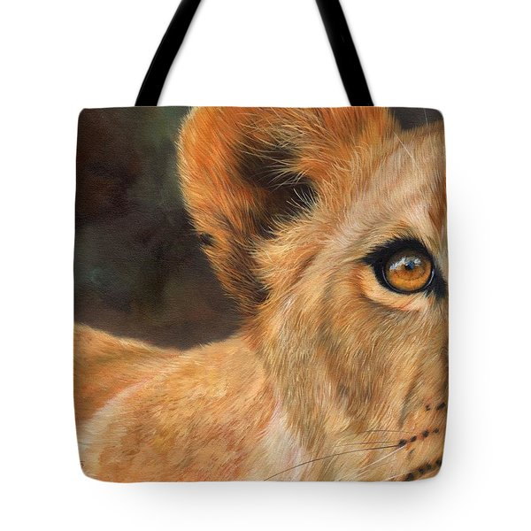 Lioness Tote Bag by David Stribbling