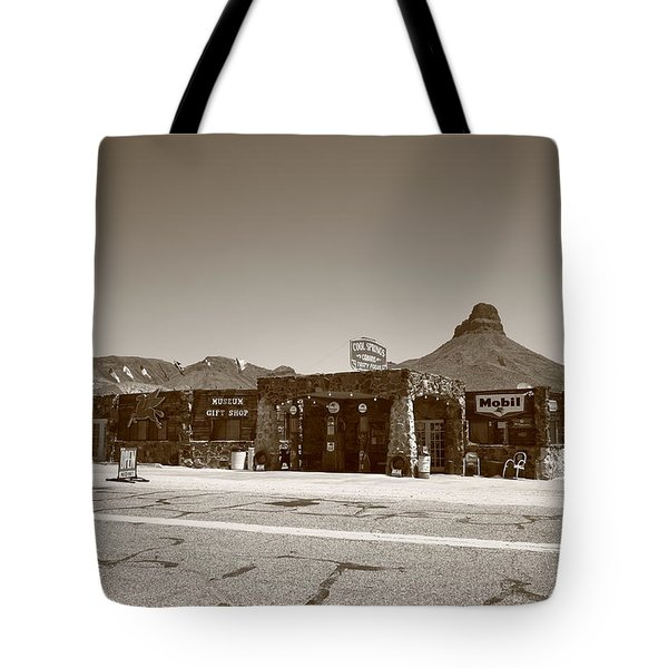 Route 66 - Cool Springs Camp Tote Bag by Frank Romeo