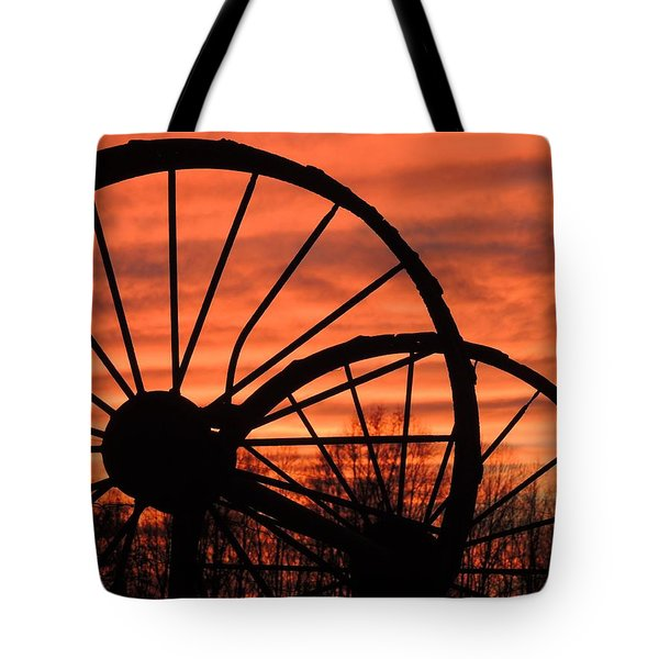 Wheel-n-axle Sunset.. Tote Bag by Matt Taylor