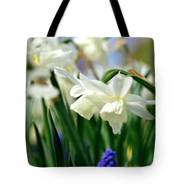 White Daffodil  Tote Bag by Toppart Sweden